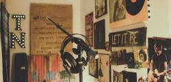 Article photo - How to Professionally Record Vocals at Home
