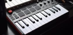 Article photo - 10 OF The Best Budget MIDI Master Keyboards